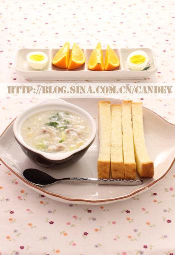 (每日小学生早餐)菜肉白粥的做法/烤吐司的做法/白煮蛋的做法[CANDEY]