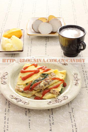 (每日小学生早餐)薏米双豆浆的做法/菠菜肉排奶酪厚蛋烧的做法[CANDEY]