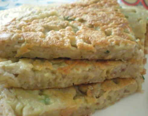 【饼的做法】好吃也不能烫嘴巴-香煎芋头蛋饼
